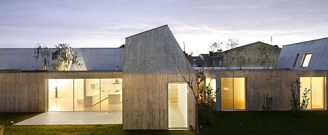 Casa da rua Daniel das Pupilas finalista de prémio de arquitectura
