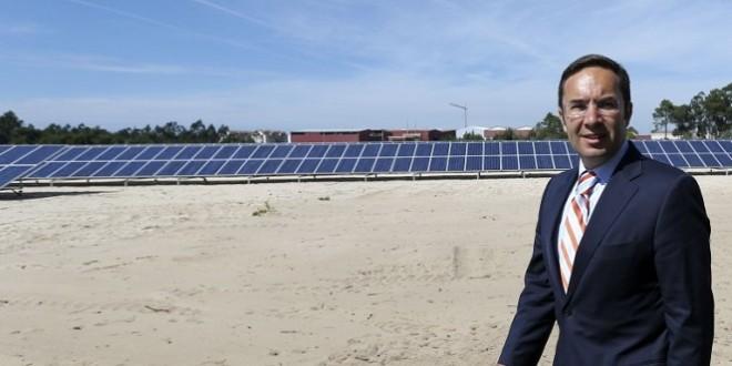 Ministro do Ambiente inaugura parque fotovoltaico apto a abastecer 800 lares