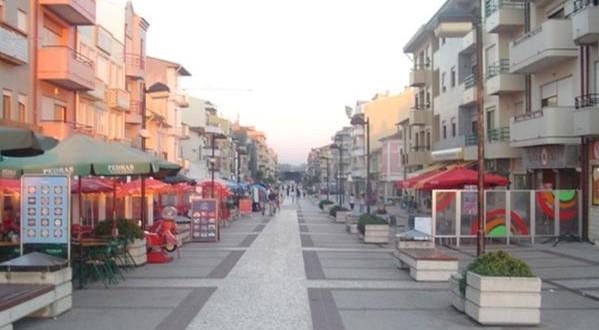 Furadouro: Três vendedores identificados e material contrafeito apreendido