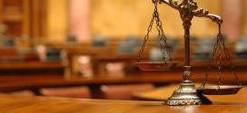 Suspeito de matar a esposa presente a tribunal