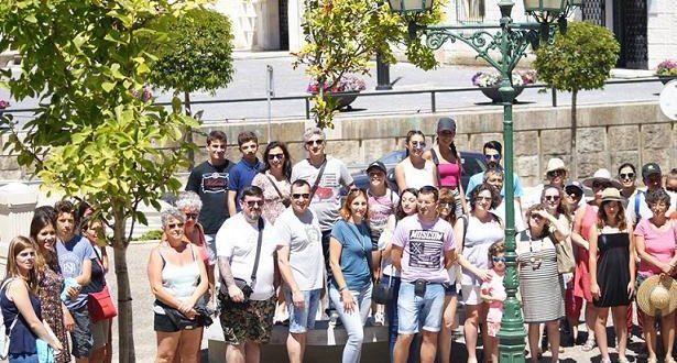 Duas centenas visitaram os azulejos da cidade