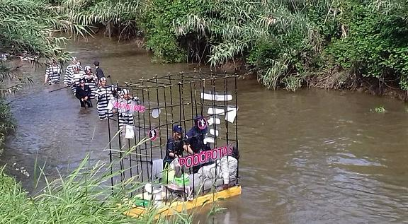 Folia e criatividade voltaram a descer o Rio Antuã